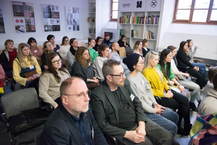 """Międzynarodowe warsztaty zorganizowane przez Instytut Adama Mickiewicza  """"Actiwated City"""" w Kielcach, fot. IAM"""